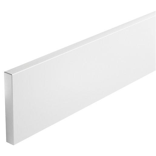 Wickes Vienna White Continuous Plinth - 2.5m
