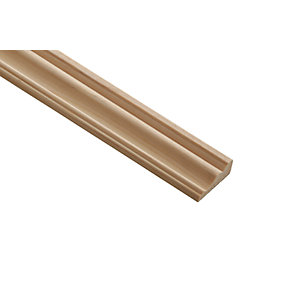 Wickes Pine Decorative Cover Moulding - 31mm x 12mm x 2.4m