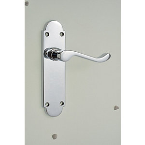 Wickes Vancouver Victorian Shaped Latch Door Handle - Chrome 1 Pair