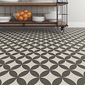 Wickes Carnaby Patterned Porcelain Wall & Floor Tile 300 x 300mm Pack 13