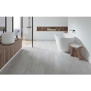 Wickes Kielder Light Grey Wood Effect Porcelain Wall & Floor Tile - 900 x 150mm