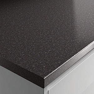 Wickes Laminate Worktop - Taurus Black Gloss 600mm x 38 mm x 3m
